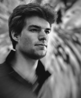 RK_Robinson-Krusoe_Portrait
